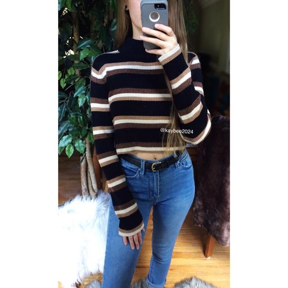 d8c77de4bae Vtg 90 s Striped Turtleneck Crop Sweater 🌿. M 5b8db27d0e3b863c0b4b9918